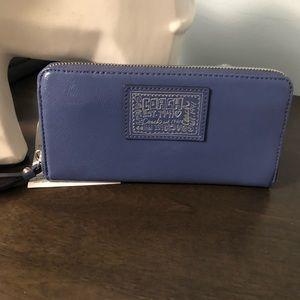 COACH lilac color wallet